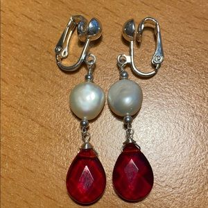 Jewelry - Pretty Clip Earrings
